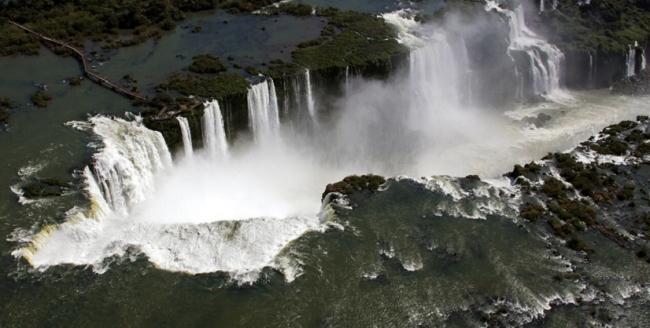 PRO-01 - A MOMENT IN PARADISE: IGUAZU FALLS - Iguazú /  - Iemanja