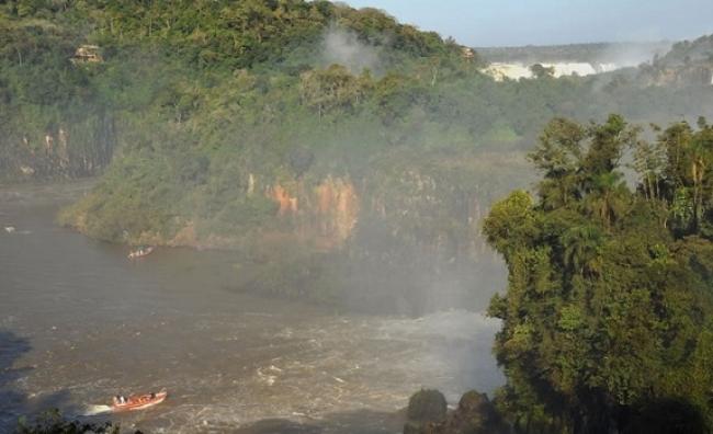 Aventura Náutica - Iguazú /  - Iemanja