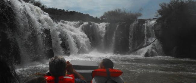 Aventure à Moconà - CHUTES DU MOCONÁ / Iguazú /  - Iemanja